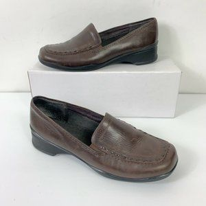 Clarks Slip On Brown Loafers Shoes Wm Sz 10W